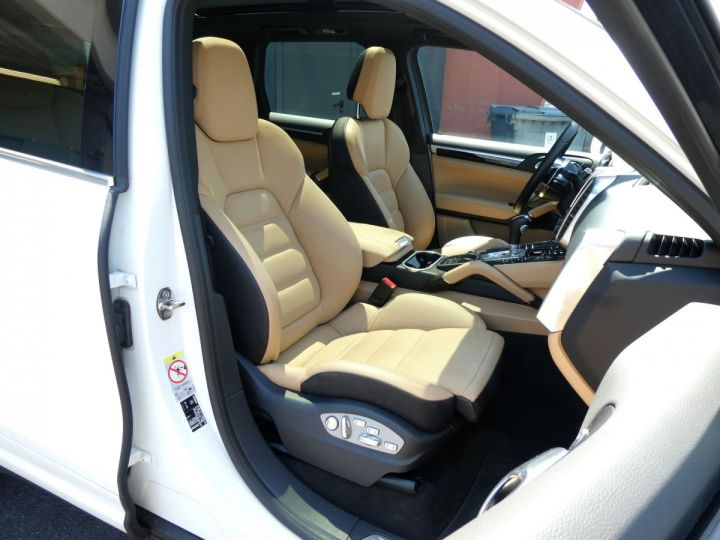 Porsche Cayenne II (2) 3.0 V6 D 262 TIPTRONIC  Blanc Pur Occasion - 16
