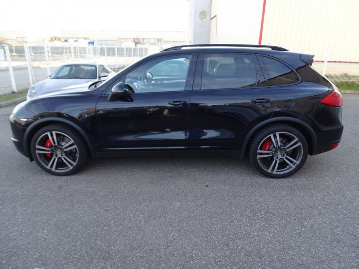 Porsche Cayenne II Turbo 4,8L V8 500CH / FULL OPTIONS noir métallisé - 5