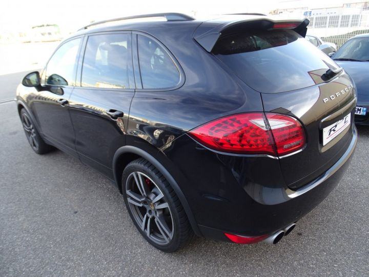 Porsche Cayenne II Turbo 4,8L V8 500CH / FULL OPTIONS noir métallisé - 7