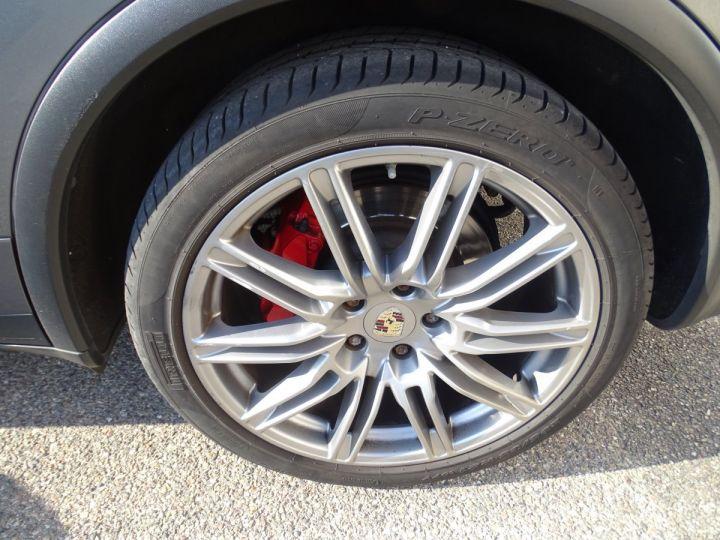 Porsche Cayenne II Turbo 500Ps 4.8L Tipt/Toe pano Jtes 21 Bose  Camera gris meteorite met - 5