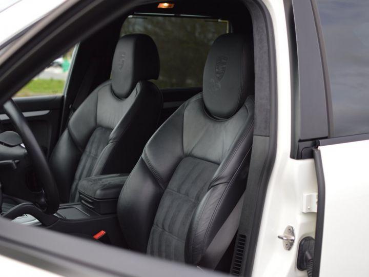 Porsche Cayenne Magnifique porsche cayenne gts 957 v8 4.8 405ch tiptronic véritable 1ère main full histo. Porsche BLANC - 13