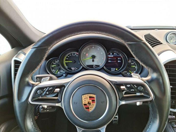 Porsche Cayenne Porsche Cayenne 3.0 V6 416 ch S E-Hybrid Tiptronic/ Bose/Carte Grise Offerte/Garantie 12 Mois Noir - 4