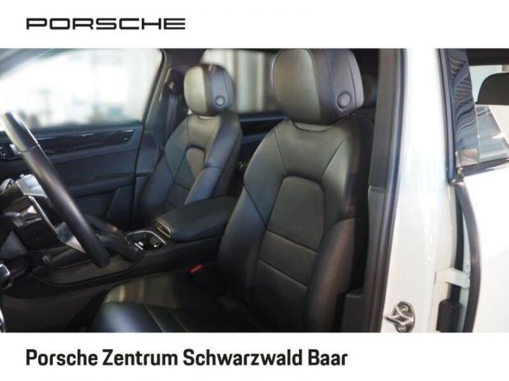 Porsche Cayenne Porsche Cayenne E-Hybride 33cv (462ch)  Blanc - 9
