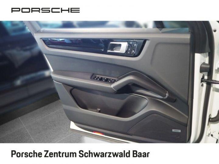 Porsche Cayenne Porsche Cayenne E-Hybride 33cv (462ch)  Blanc - 10