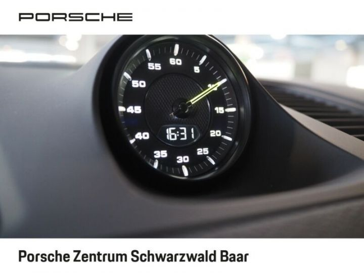 Porsche Cayenne Porsche Cayenne E-Hybride 33cv (462ch)  Blanc - 11