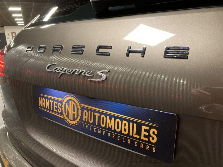 Porsche Cayenne Porsche cayenne S  Terre d'ombre métallisé - 10