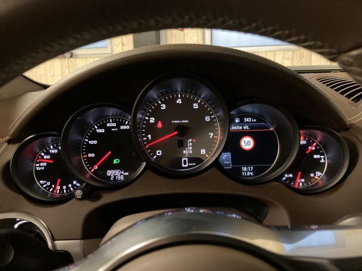 Porsche Cayenne Porsche cayenne S  Terre d'ombre métallisé - 21