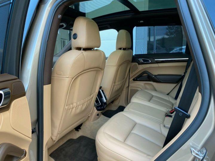 Porsche Cayenne Porsche Cayenne S E-Hybrid / Toit Panoramique / chauffage et ventilation des sièges/Garantie 12 Mois Beige - 6