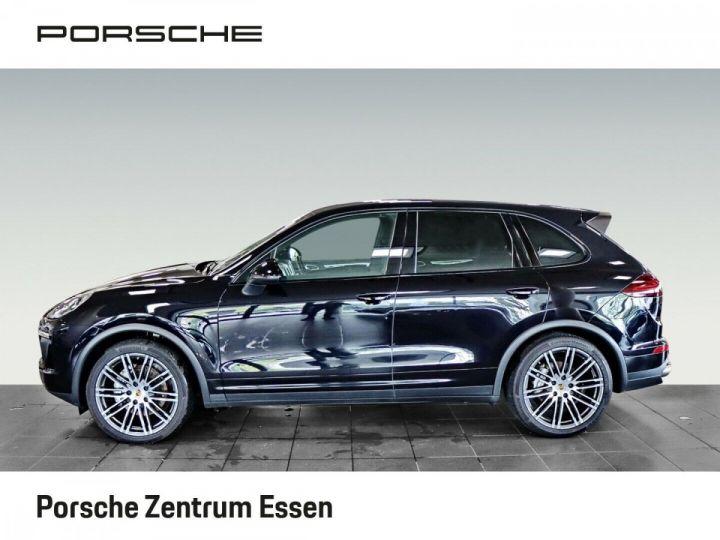 Porsche Cayenne S 385ch V8 / PASM / PDC / PSM / CAMERA / TOIT OUVRANT / SIEGES CONFORT / GARANTIE NOIR - 2