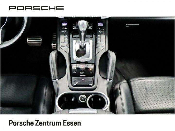 Porsche Cayenne S 385ch V8 / PASM / PDC / PSM / CAMERA / TOIT OUVRANT / SIEGES CONFORT / GARANTIE NOIR - 9