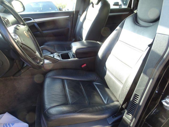 Porsche Cayenne S 4.5L 340PS Tipt/PASM TOE PDC BOSE BIXENON ORD Jantes 20 noir metallisé - 9