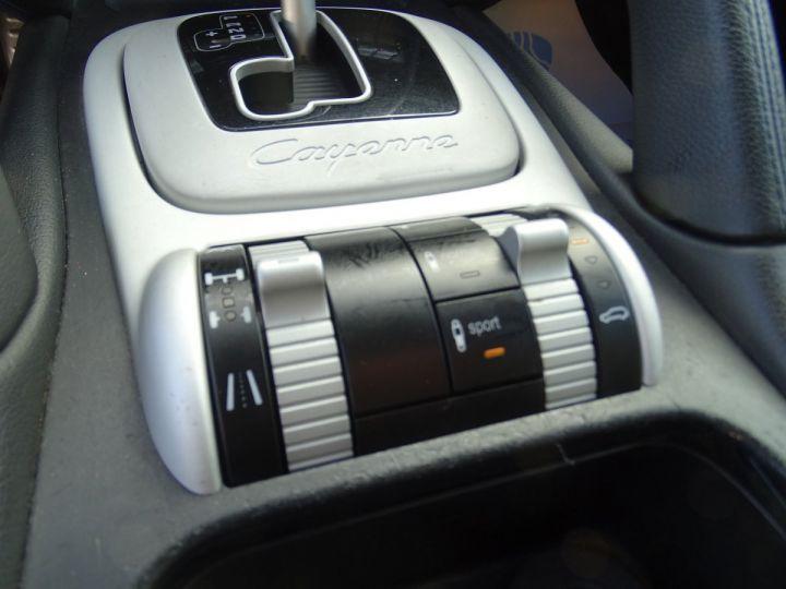 Porsche Cayenne S 4.5L 340PS Tipt/PASM TOE PDC BOSE BIXENON ORD Jantes 20 noir metallisé - 14