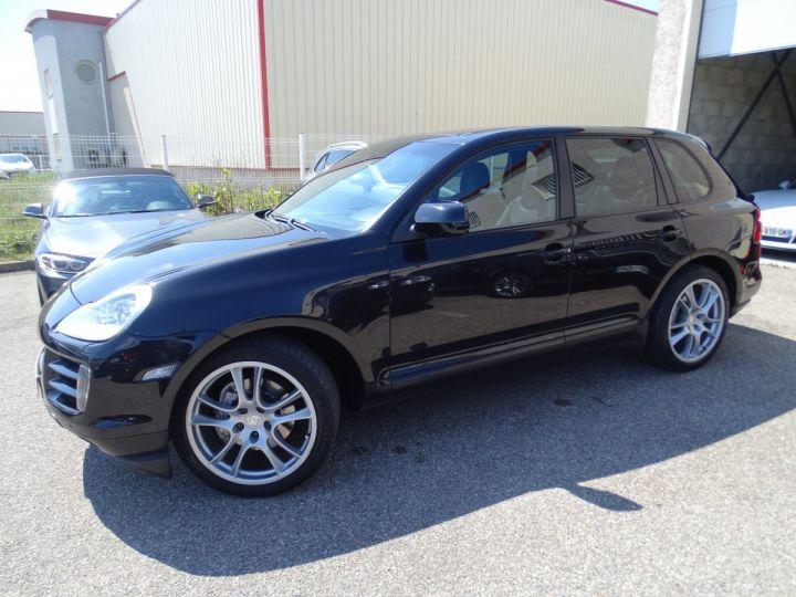 Porsche Cayenne S 4.8L V8 385Ps Tipt/PASM TOE panor PCM JTES 21  BIXENON  PDC Noir metallisé - 3