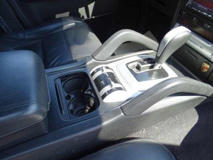 Porsche Cayenne S 4.8L V8 385Ps Tipt/PASM TOE panor PCM JTES 21  BIXENON  PDC Noir metallisé - 10