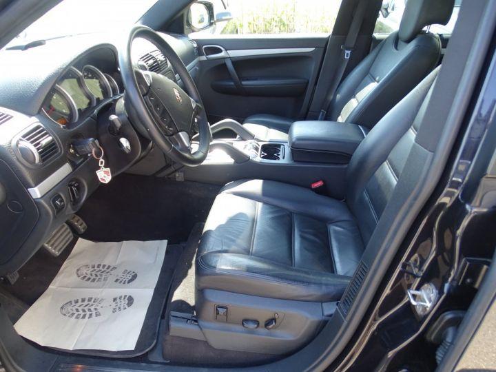 Porsche Cayenne S 4.8L V8 385Ps Tipt/PASM TOE panor PCM JTES 21  BIXENON  PDC Noir metallisé - 11