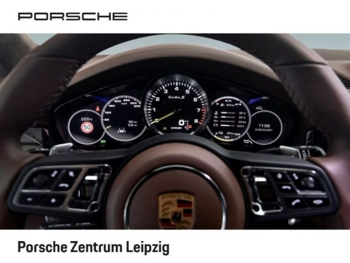 Porsche Cayenne Turbo S Coupé E-Hybrid 680ch * 22 * Matrix * 360° * PDLS Plus * PVTS Plus * GARANTIE BLANC - 11