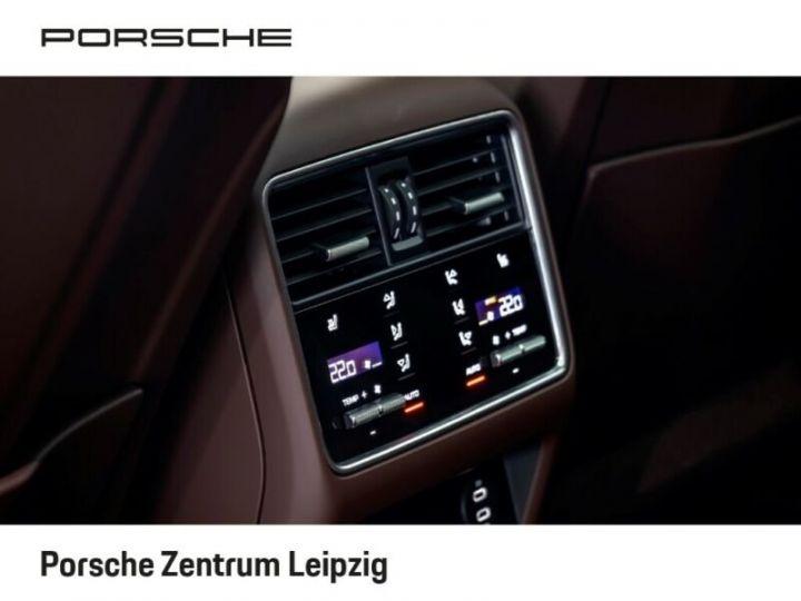 Porsche Cayenne Turbo S Coupé E-Hybrid 680ch * 22 * Matrix * 360° * PDLS Plus * PVTS Plus * GARANTIE BLANC - 17