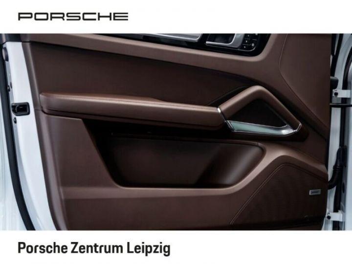Porsche Cayenne Turbo S Coupé E-Hybrid 680ch * 22 * Matrix * 360° * PDLS Plus * PVTS Plus * GARANTIE BLANC - 18