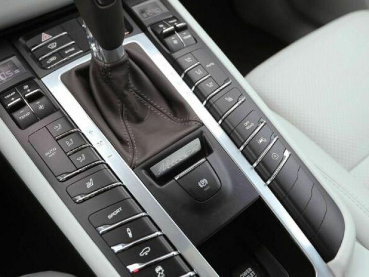 Porsche Macan noir - 9
