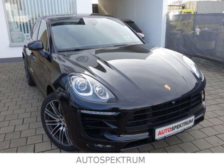 Porsche Macan noire - 1