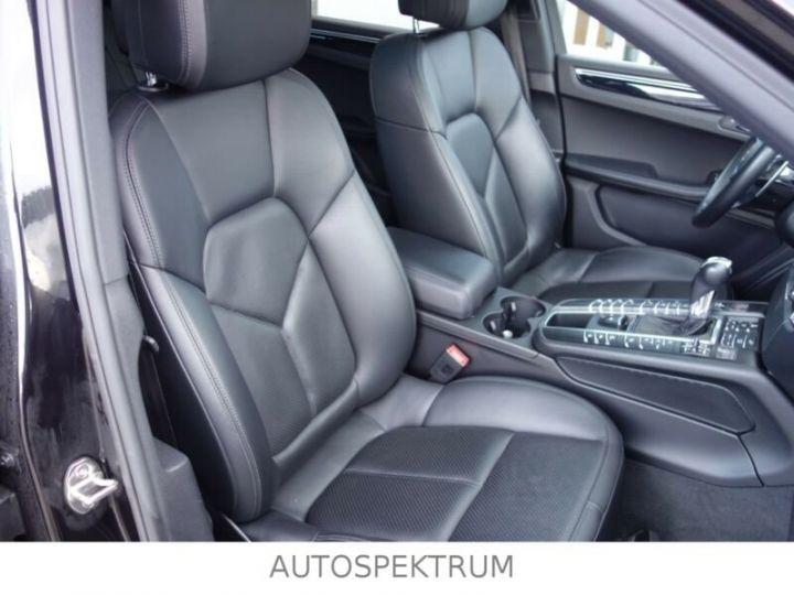 Porsche Macan noire - 9