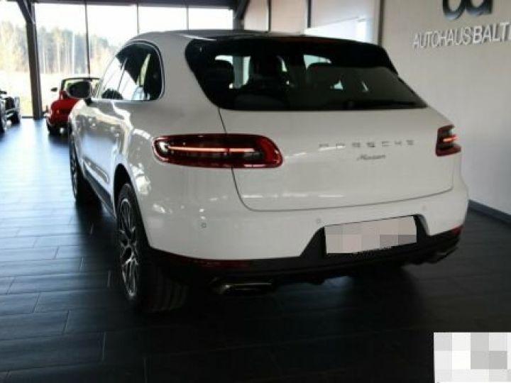 Porsche Macan  - 3