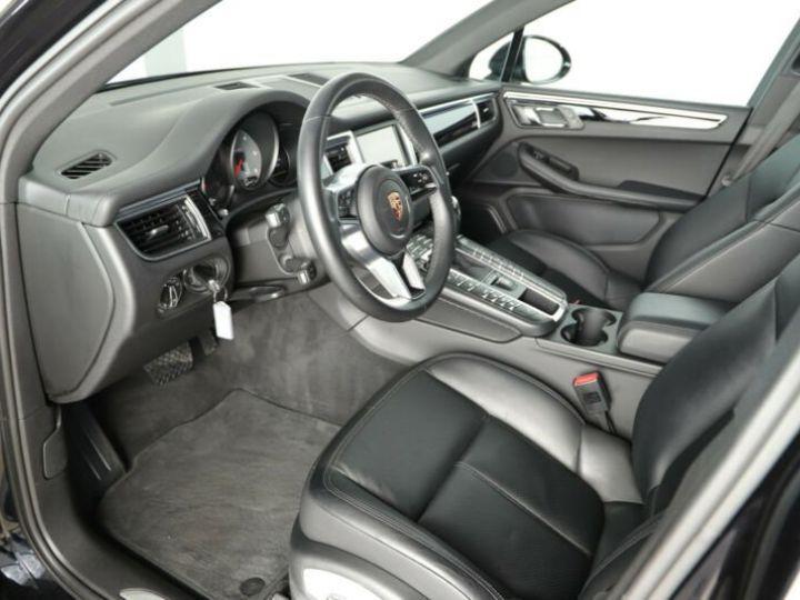 Porsche Macan noire - 4