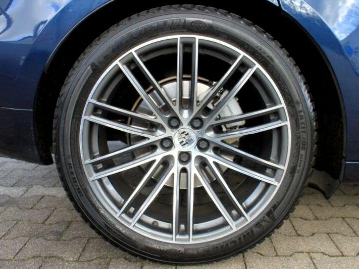Porsche Macan bleu nuit - 6