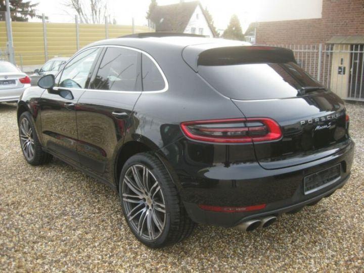 Porsche Macan noire - 2