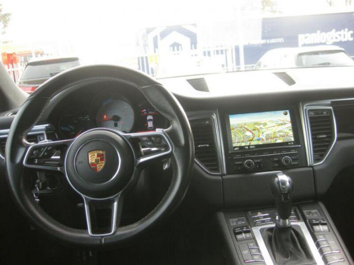 Porsche Macan noire - 6