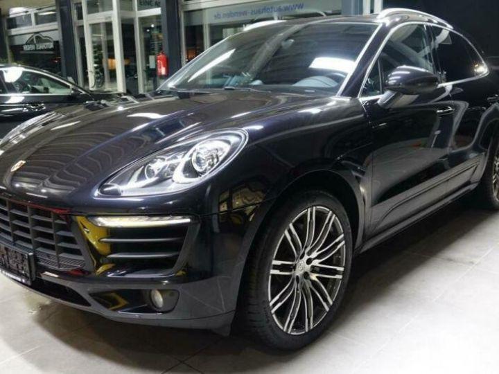 Porsche Macan noir jais métallisé  - 1