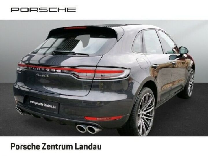 Porsche Macan gris volcano - 1