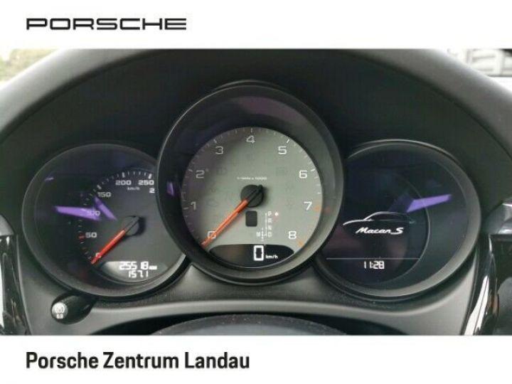 Porsche Macan gris volcano - 8