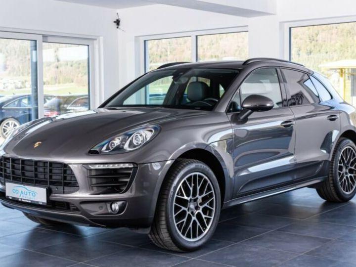 Porsche Macan gris  - 1