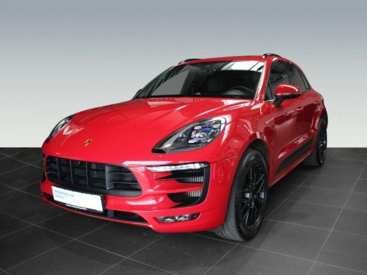 Porsche Macan rouge - 1