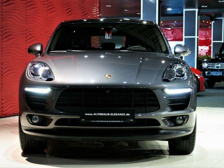 Porsche Macan Gris  - 3