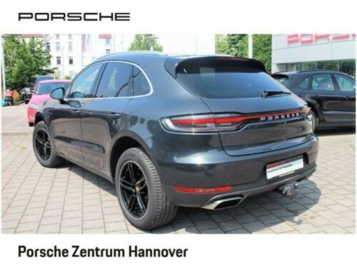 Porsche Macan Gris Vulkan - 2