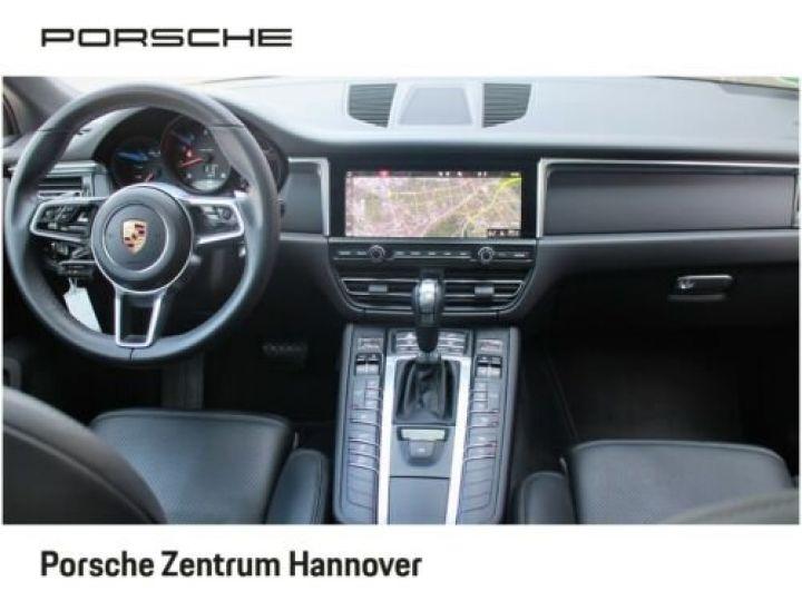 Porsche Macan Gris Vulkan - 3