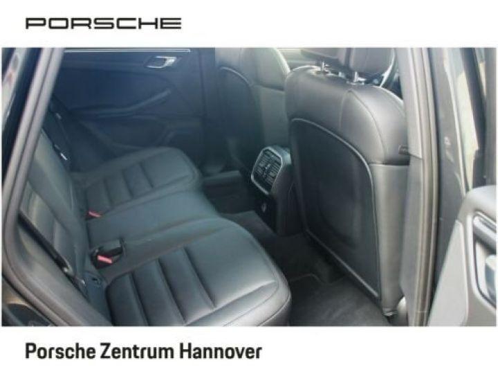 Porsche Macan Gris Vulkan - 5