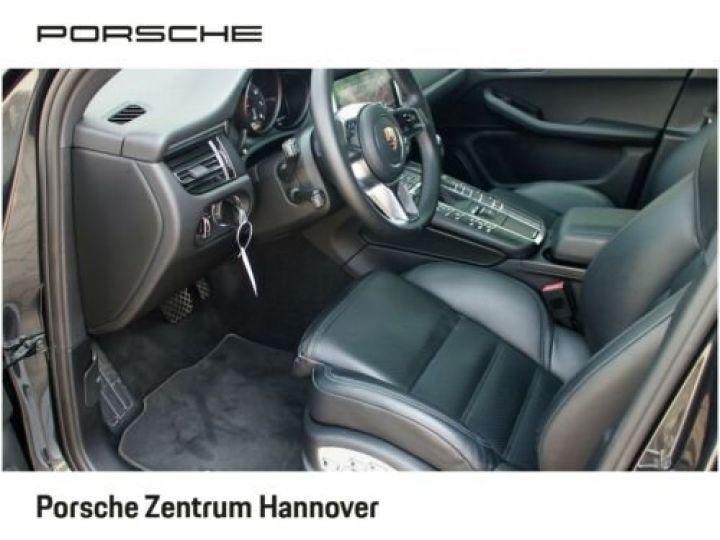 Porsche Macan Gris Vulkan - 9