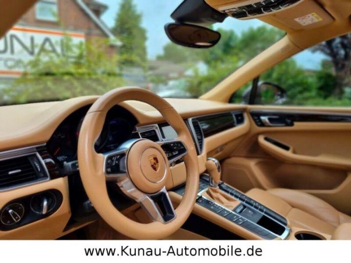 Porsche Macan Bordeaux ( Acajou) - 16
