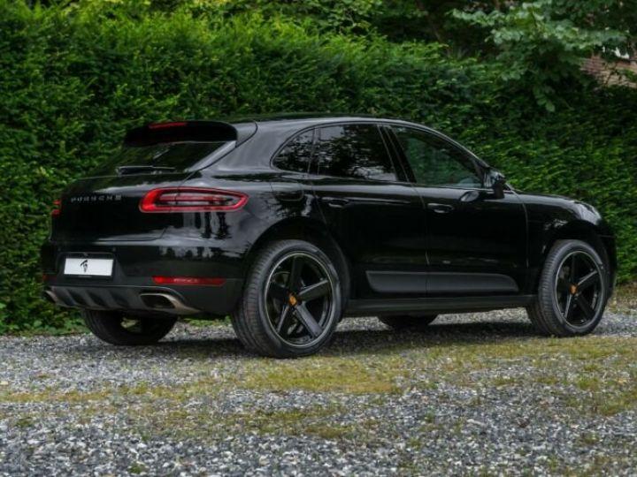 Porsche Macan noir - 4