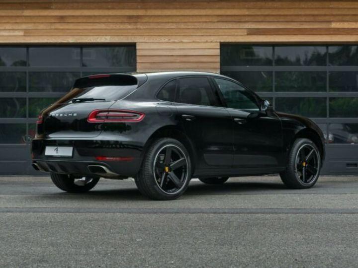 Porsche Macan noir - 14