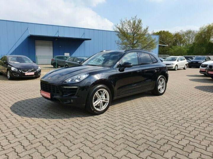 Porsche Macan Noir métallisée  - 1