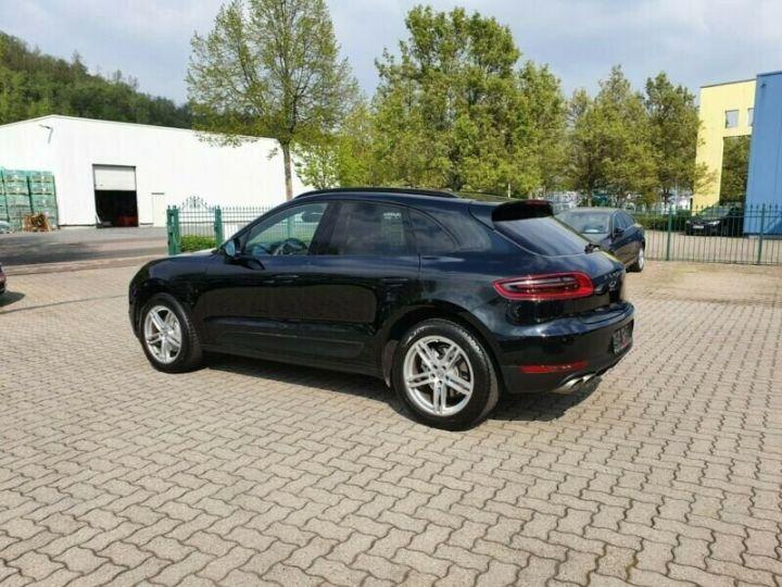Porsche Macan Noir métallisée  - 3