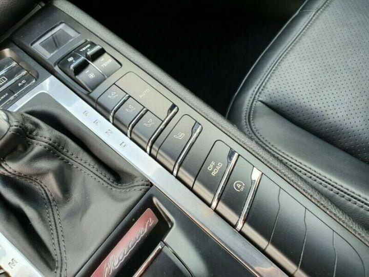 Porsche Macan Noir métallisée  - 16