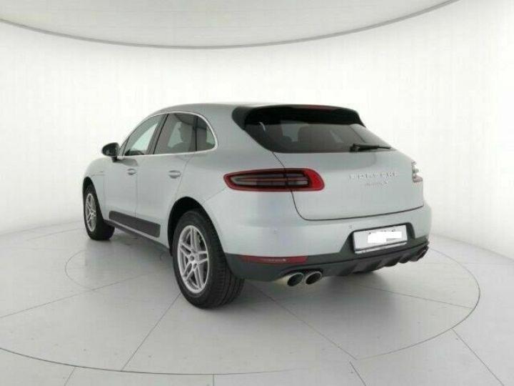 Porsche Macan # 3.0 S Diesel # 1ere Main # Inclus la livraison du véhicule à votre domicile, la CG et le Malus écolo # Gris Peinture métallisée - 3