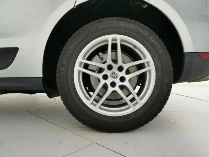 Porsche Macan # 3.0 S Diesel # 1ere Main # Inclus la livraison du véhicule à votre domicile, la CG et le Malus écolo # Gris Peinture métallisée - 8