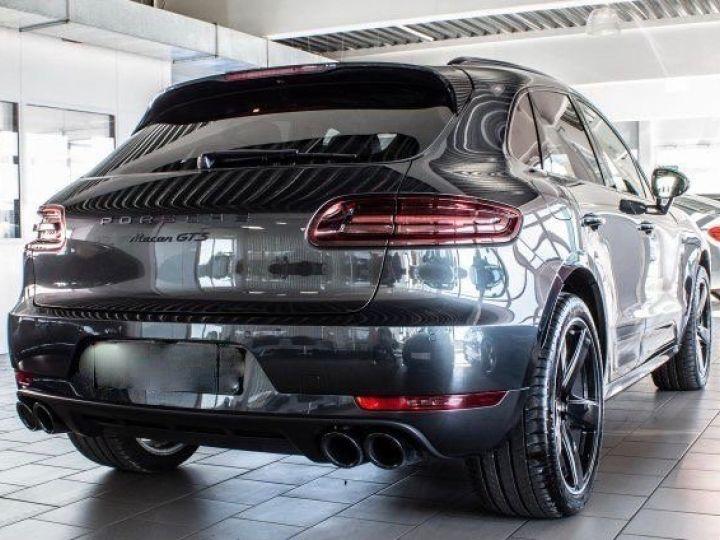 Porsche Macan 3.0 V6 GTS Gris Volcan métallisé - 2