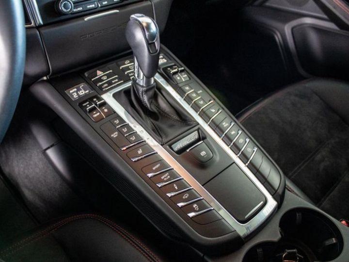 Porsche Macan 3.0 V6 GTS Gris Volcan métallisé - 17